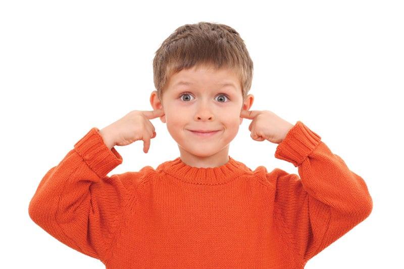 Οι ωτίτιδες προτιμούν τα παιδιά-naturanrg