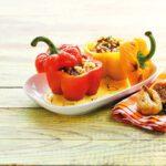 Πιπεριές γεμιστές με κινόα, σύκο και κρέμα κάσιου – κρόκου (σαφράν)