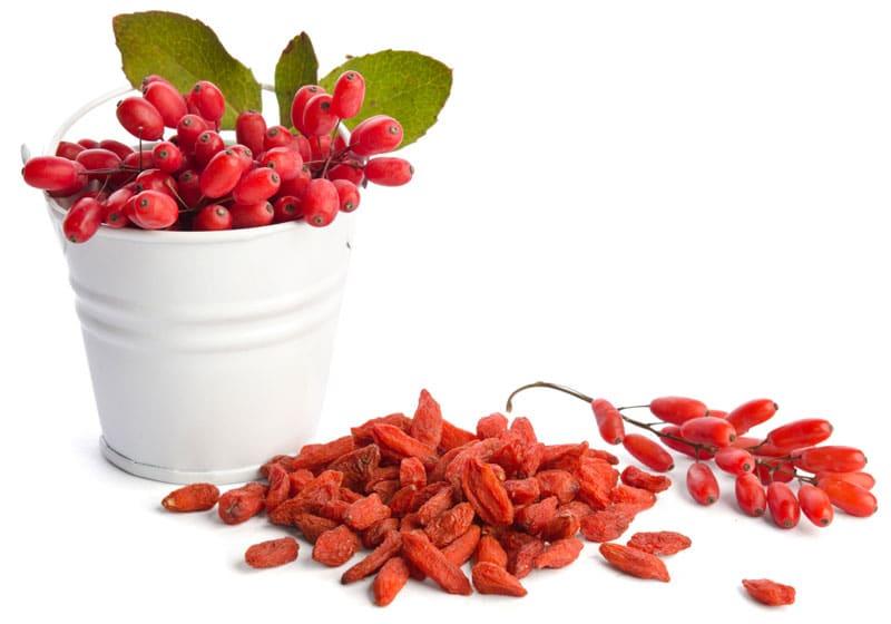 Δυναμώστε με βιταμίνες και super foods