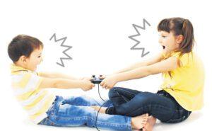 Πώς να επεμβαίνετε στους τσακωμούς των παιδιών