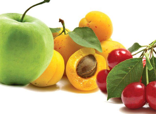 Τα πάντα για τα φρούτα. Όσο πιο μεγάλα τόσο καλύτερα;