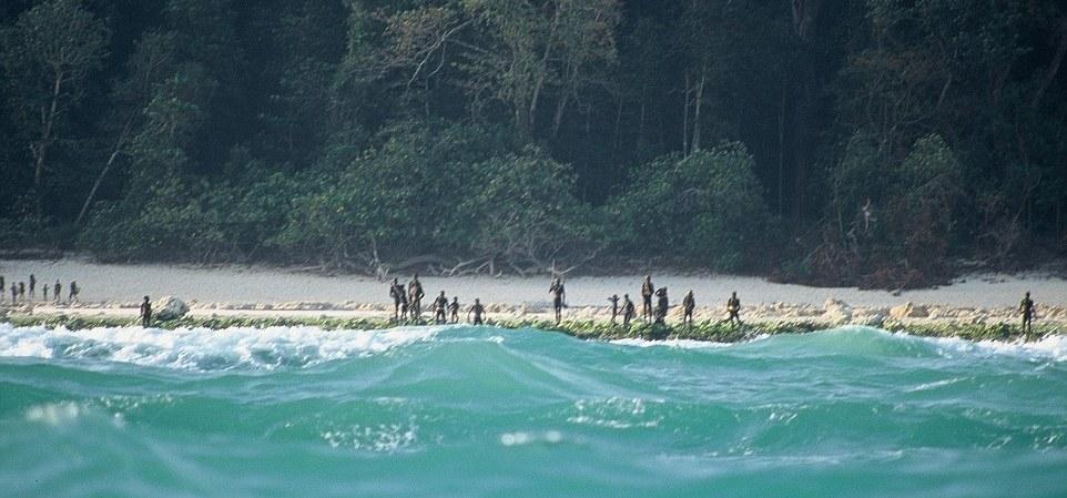 -Sentinelese_tribespeople_