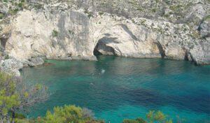 Οι ιδιαίτερες, ξεχωριστής ομορφιάς παραλίες της χώρας μας.