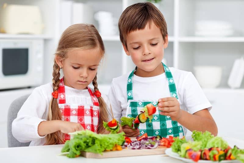 Άγνωστη έννοια για τα παιδιά η μεσογειακή διατροφή