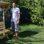 Το πρώτο ηλιακό παγκάκι-φορτιστής στην Ελλάδα