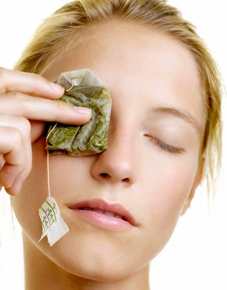 green-tea-bag-on-the-eye