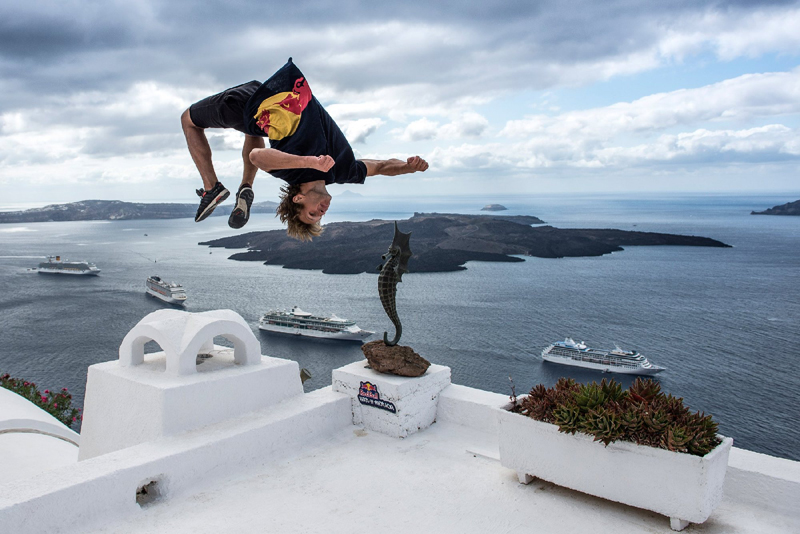 Red-Bull-Art-of-Motion-2015-(4)-(1)(1)