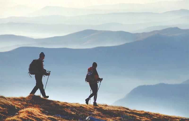 couple-mountain