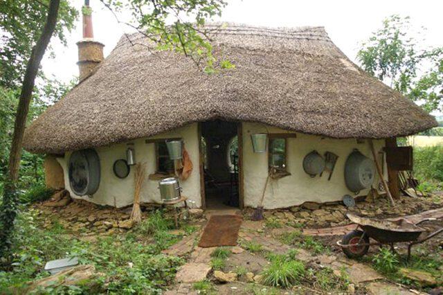Cob-House
