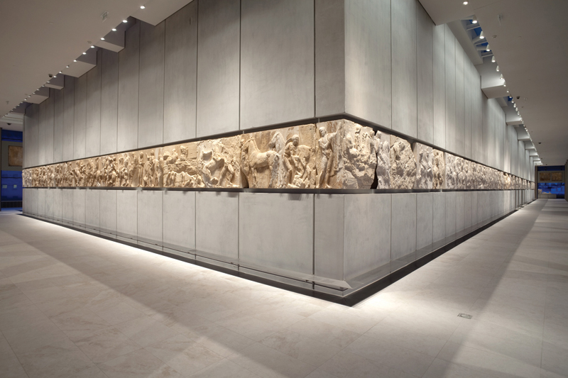 The-frieze-of-the-Parthenon-Gallery1
