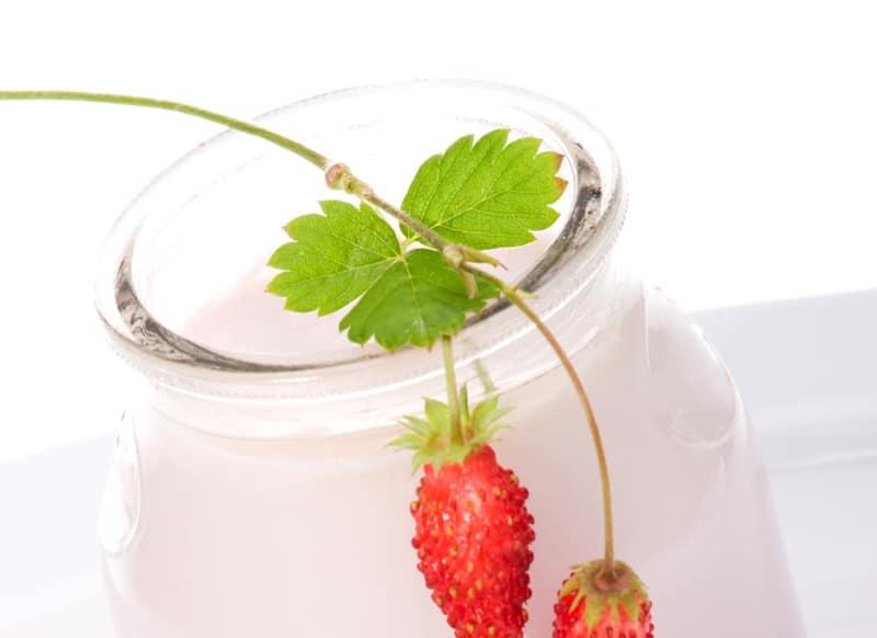 yogurt-Το γιαούρτι καταπολεμά την κακοσμία του στόματος