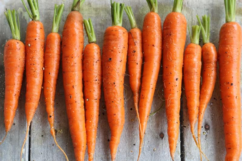 Καρότα: Γιατί καλύτερα μαγειρευτά και με λίγο λάδι