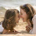 Οι σχέσεις στο μικροσκόπιο: όλα για τη μητέρα…