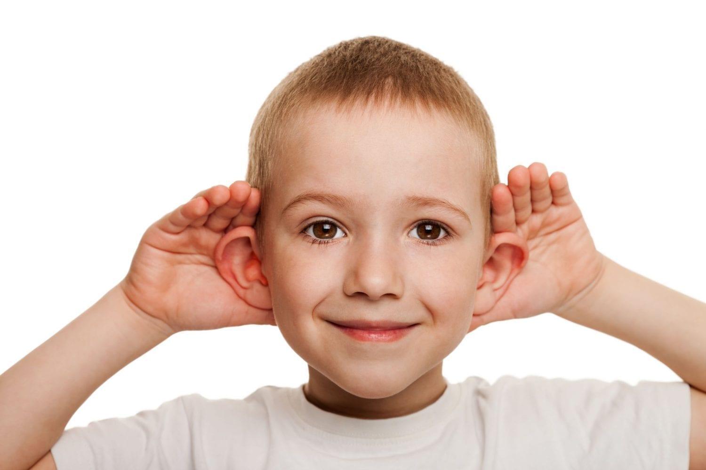 Πότε να ανησυχήσω για την ακοή του παιδιού μου;