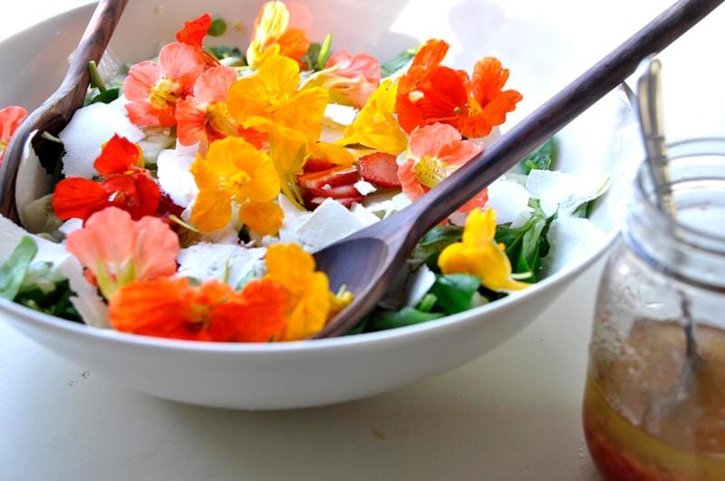 flowers-salad