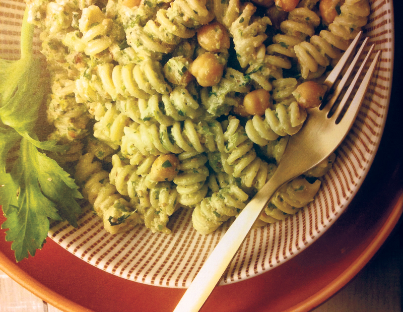 pasta-chickpeas-celery