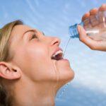 Τι συμβαίνει όταν πίνουμε κάθε πρωί νερό νηστικοί;