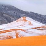 Το χιόνι έντυσε την έρημο Σαχάρα στα λευκά!