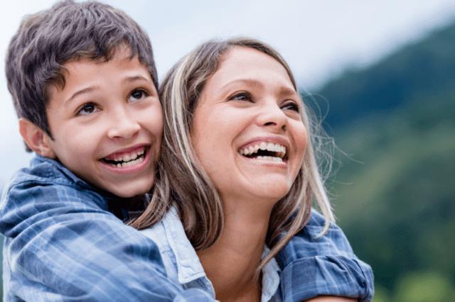 4 υλικά για τη συνταγή μιας ευτυχισμένης παιδικής ηλικίας!