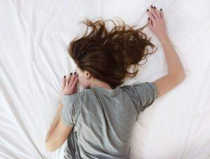 Οι καλοκαιρινές παγίδες του ύπνου