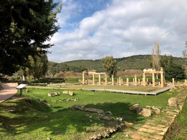 temple- artemida-vravrona