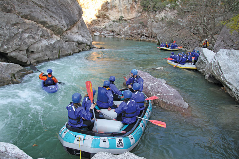 Rafting στο Λούσιο ... γίνε ένα με τον ποταμό- Naturanrg