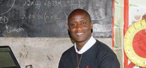 Αυτός ο υπέροχος δάσκαλος τιμήθηκε με το Global Teacher Prize 2019