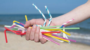Τέλος στα πλαστικά μιας χρήσης στην Ελλάδα