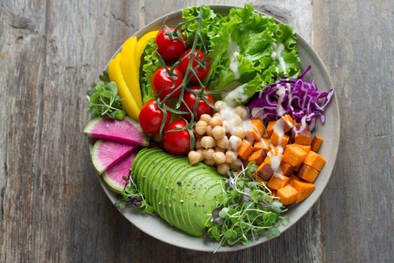 ospria-salata-lahanika